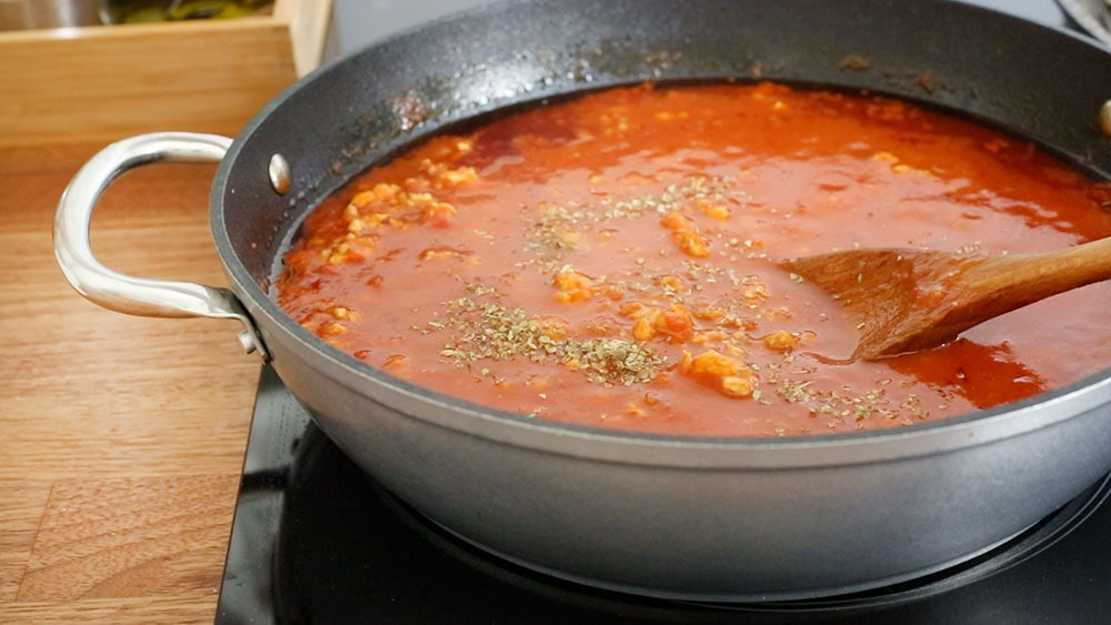 The meat sauce ready on a pan.