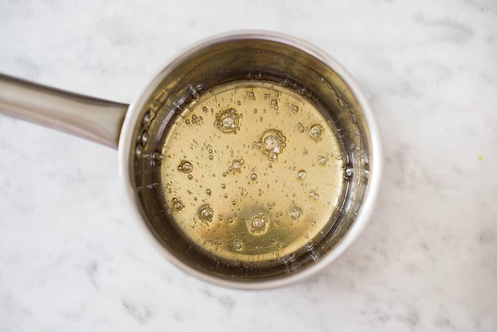 Caramel on a small pot.