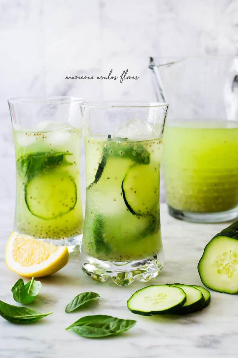 Agua fresca de pepino con limón y chía