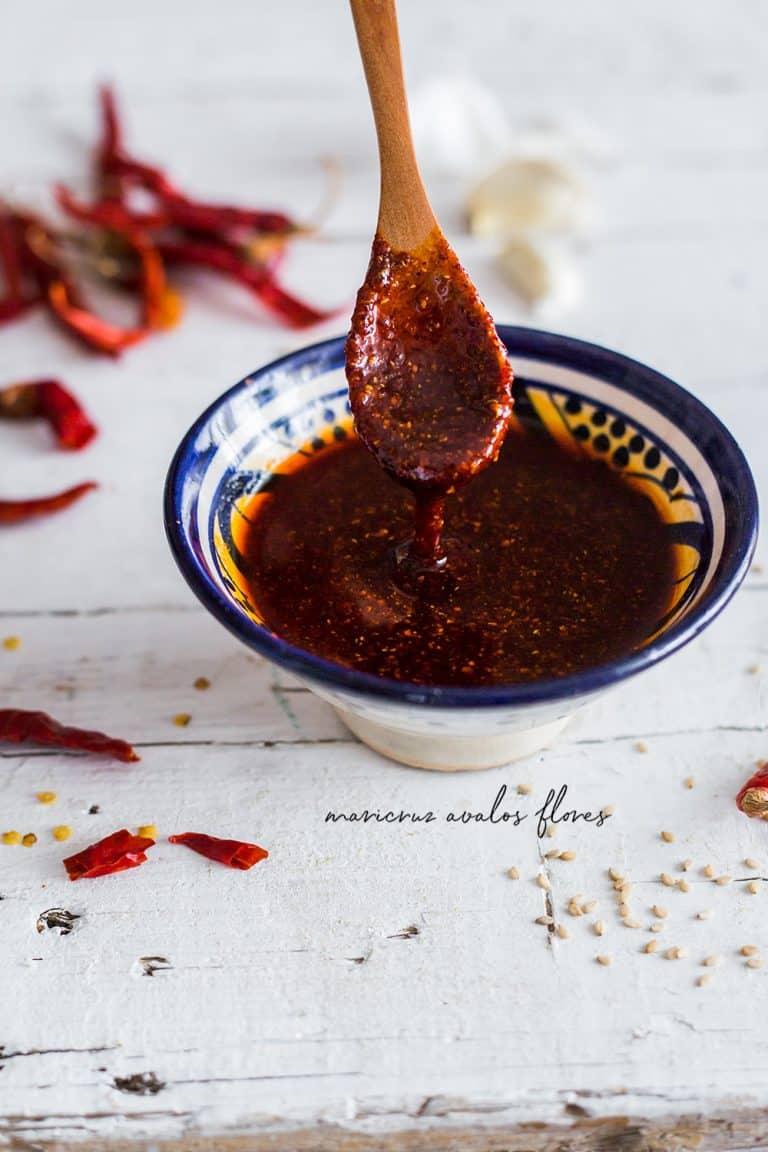 Salsa de chile de árbol en aceite