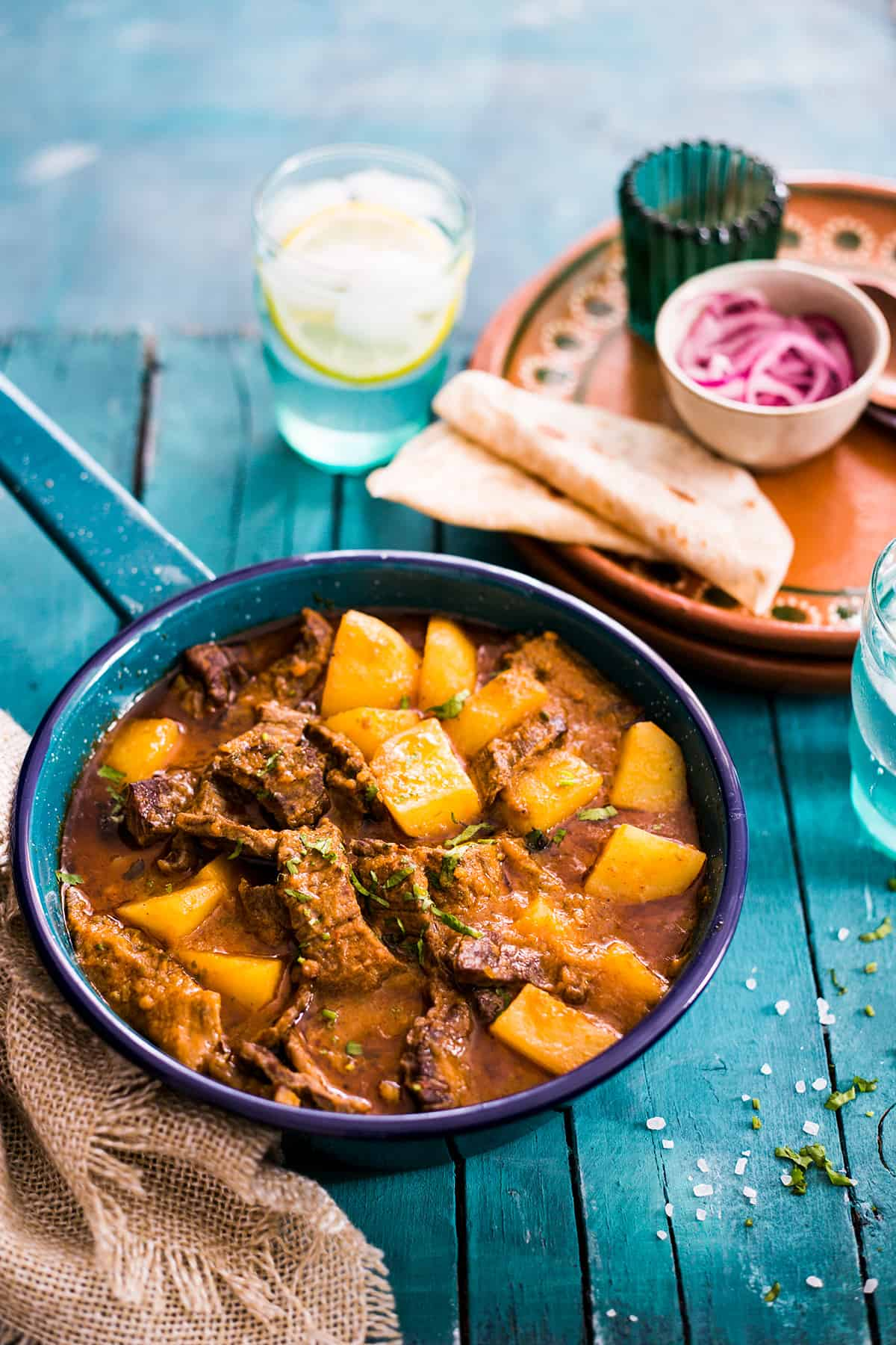 carne guisada con papas (beef and potatoes mexican stew)