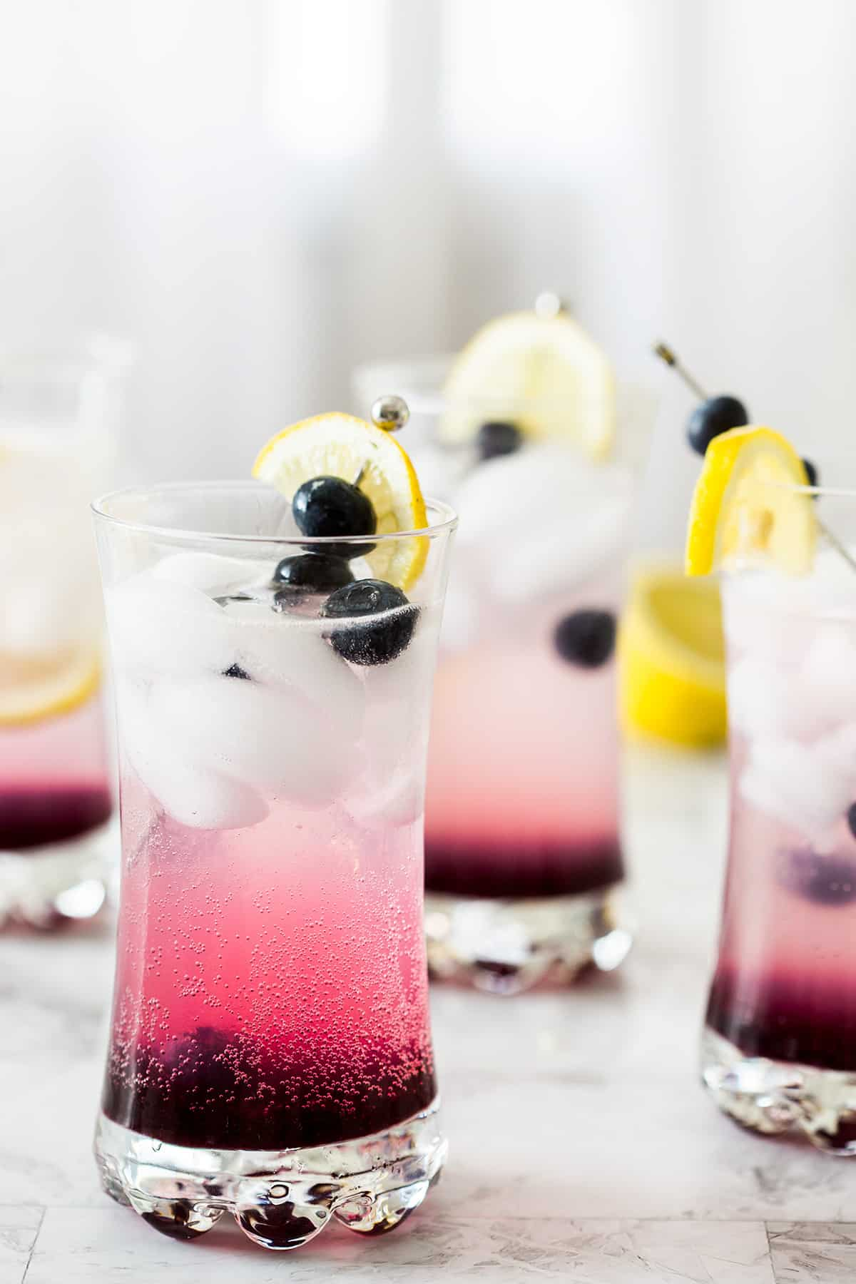 Blueberry vodka lemonade cocktail