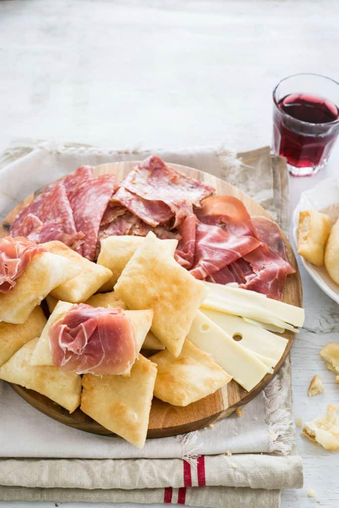 Gnocco frito | Receta tradicional italiana.