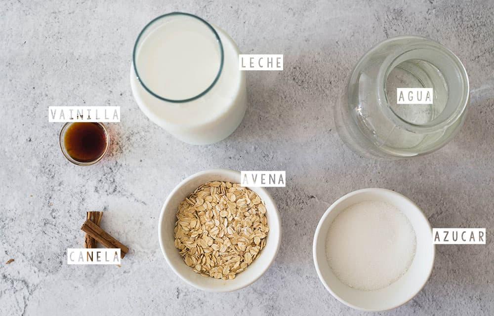 Ingredientes para como hacer atole de avena.