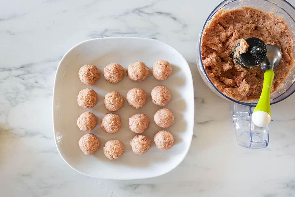 Polpette made on a plate.