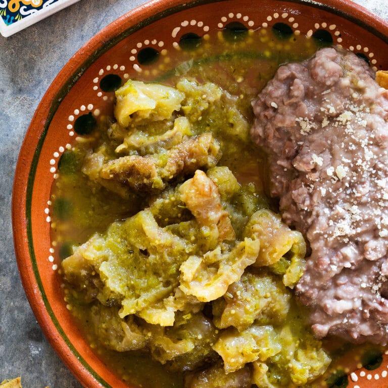 Chicharron En Salsa Verde (pork crackling with green sauce)