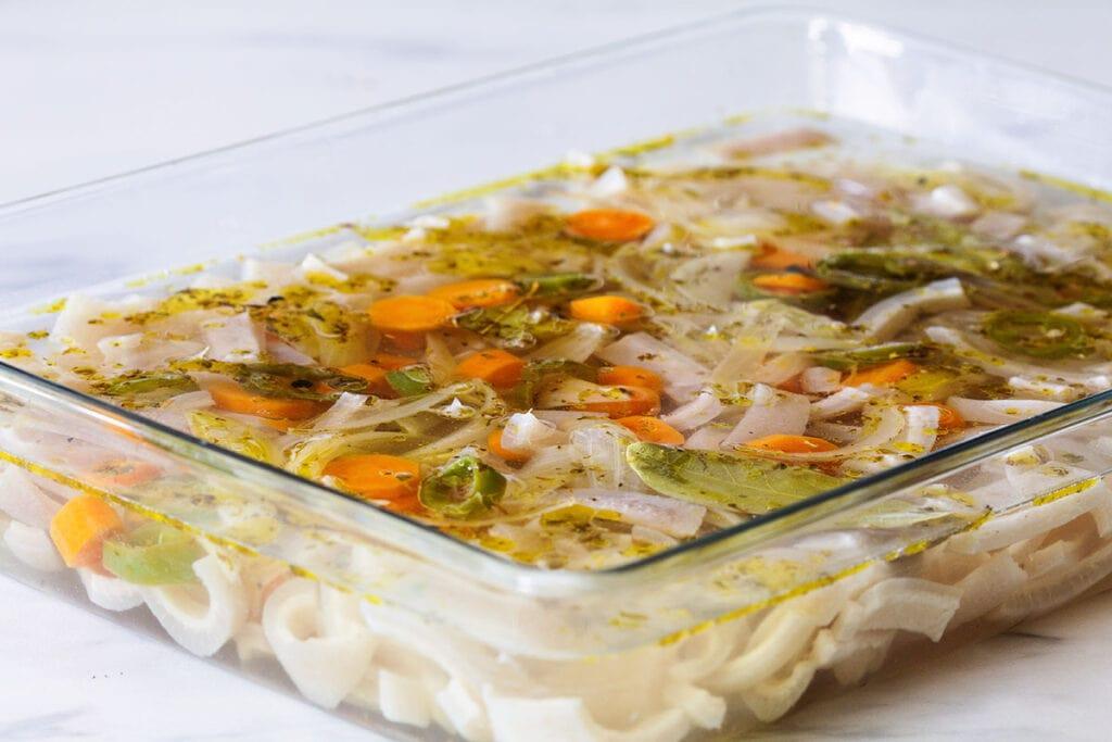 The cueritos covered with vinegar mixture.