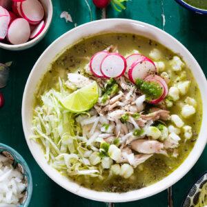 Green pozole verde recipe.