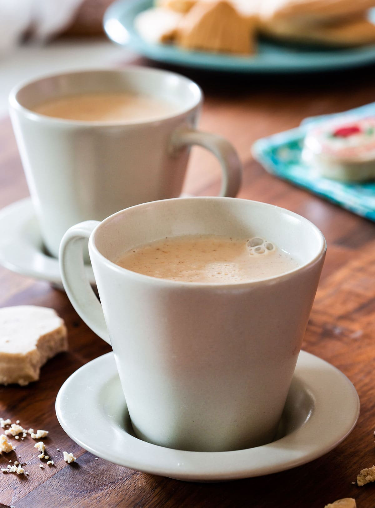 Two cups with Mexican atole de mazapan.