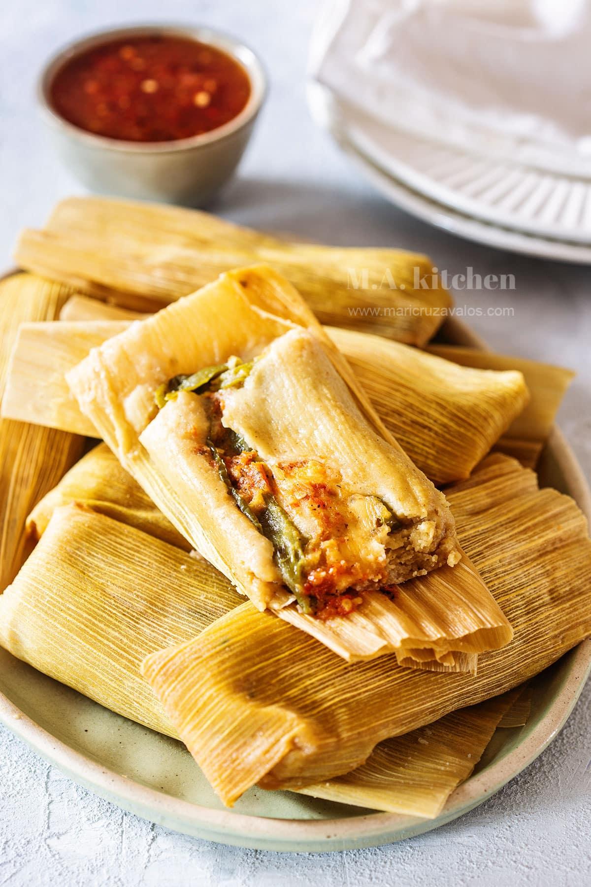 Tamales de rajas con queso (rajas tamales).